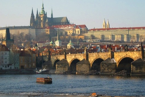 A czech republic travel guide medieval castles scenic for Medieval hotel prague