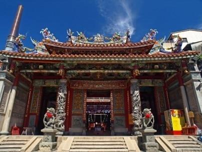 博物馆,河边曼波