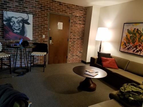 Book Hotel Contessa Luxury Suites On The Riverwalk San Antonio From 169 Night
