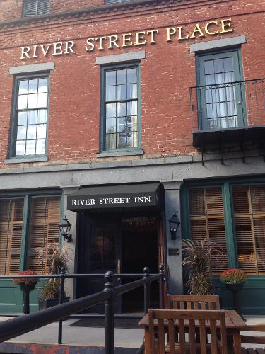 book river street inn savannah from 125 night. Black Bedroom Furniture Sets. Home Design Ideas