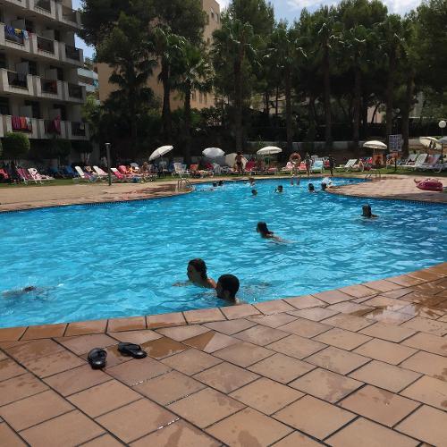 Best sol d 39 or salou r servation avec for Reservation hotel en espagne gratuit