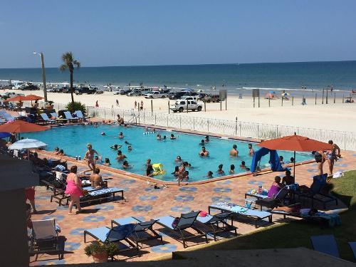 Hotels On Daytona Beach Check In Age
