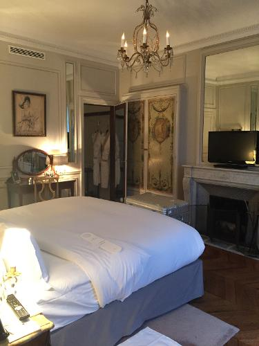 Book hotel lancaster paris champs elys es paris france for Hotel paris 11