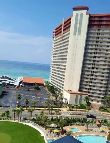 Book Laketown Wharf By Emerald View Resorts, Panama City