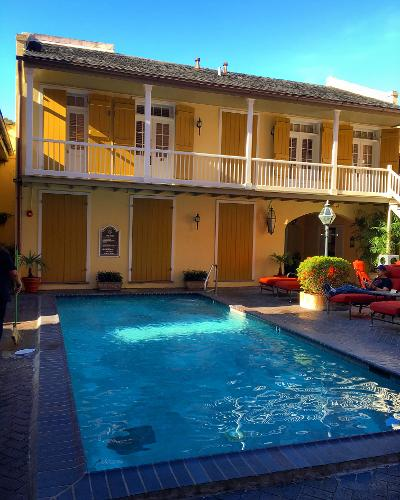 Book dauphine orleans hotel new orleans from 123 night for Hotels orleans
