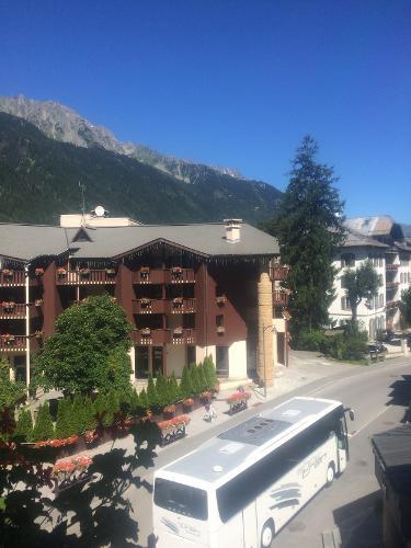 Book mercure chamonix centre chamonix mont blanc france for Hotels chamonix
