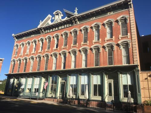 Book historic plaza hotel las vegas new mexico for Oldest hotels in america