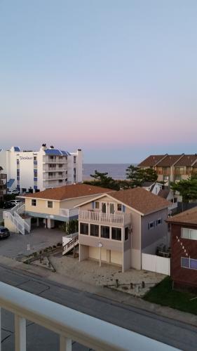 Book Coastal Palms Inn Amp Suites Ocean City Maryland