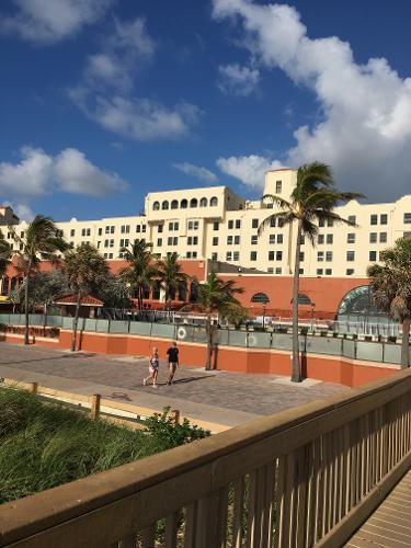 book hollywood beach resort cruise port hollywood. Black Bedroom Furniture Sets. Home Design Ideas