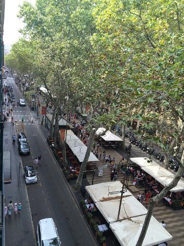 Oriente atiram em barcelona espanha no for Hoteis em barcelona