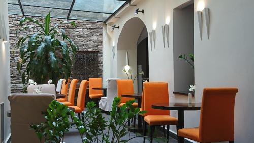 Book design hotel neruda prague czech republic for Design hotel neruda 4