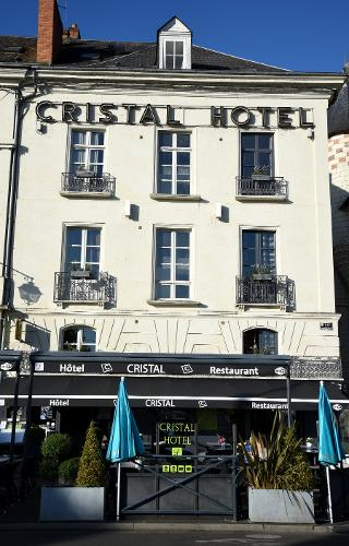 book cristal hotel restaurant saumur france