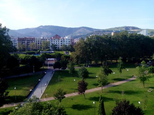 Rooms: Book Hotel Melia Bilbao, Bilbao, Spain